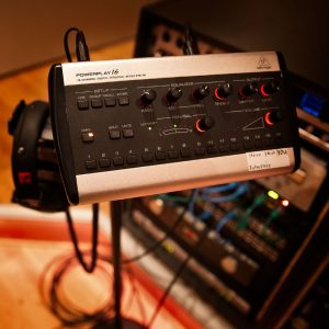 Behringer Personal Monitoring System