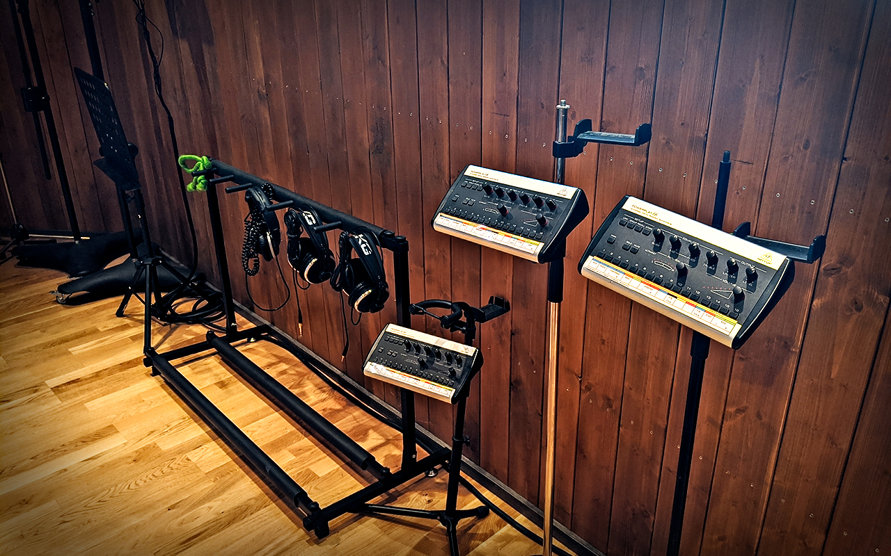 Behringer Personal Monitor System